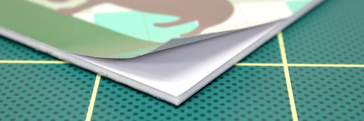 プレート看板の素材